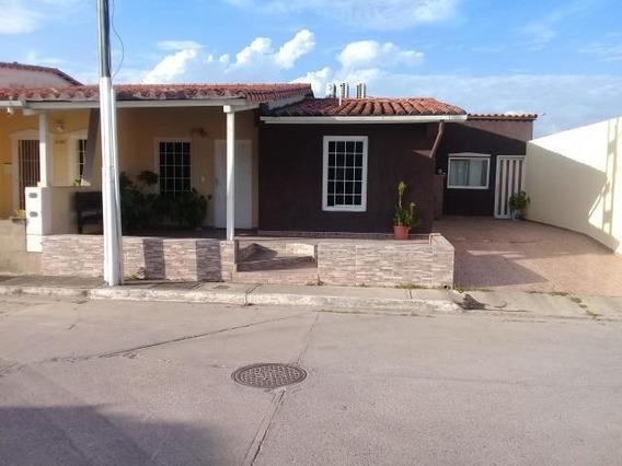 Casas En Venta Ribereña 20-4888 Rg