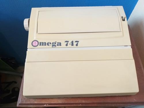Máquina De Escribir Electrónica Omega 747