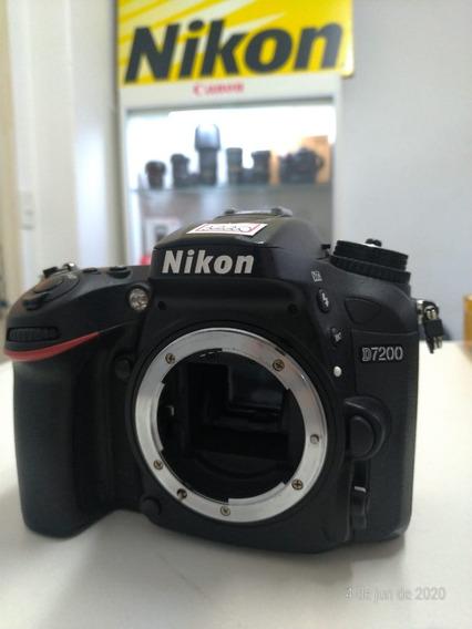Nikon D7200 (a Vista 2800,00)
