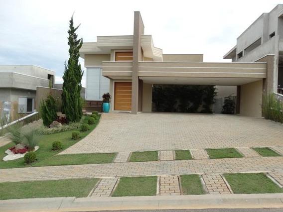 Casa Térrea Em Estilo Contemporâneo / Ca-111