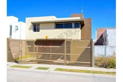 Renta De Casa Semiamueblada En Villa Magna, 3 Recamaras, San Luis Potosi