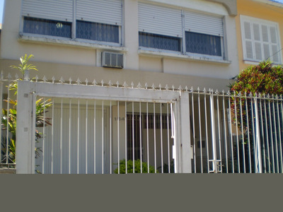 Casa Em Rio Branco Com 3 Dormitórios - Cs31001468