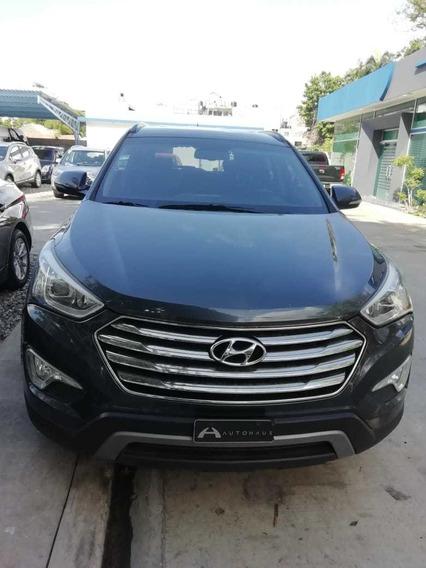 Hyundai Grand Santa Fe 4*2