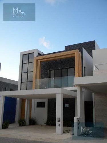 Casa En Venta Residencial Aqua De 3 Recámaras Con Alberca . Fase Ii. Supermanzana 330 Cancún. Quintana Roo Mèxico