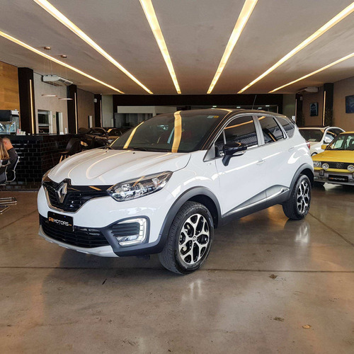 Renault Captur 1.6 16v Sce Flex Bose X-tronic