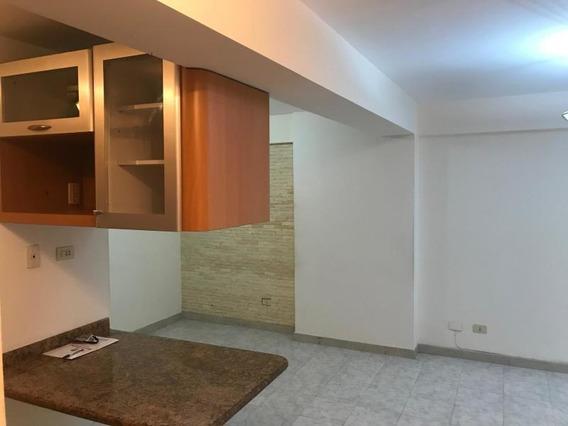 Hermoso Apartamento En La Urb Miranda Caracas Venezuela