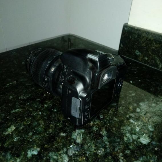 Nikon D3000 Semi-profissional