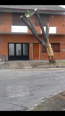 Ph Tipo Casa En 2 Plantas Al Frente.