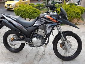 Hermosa Honda Xre300