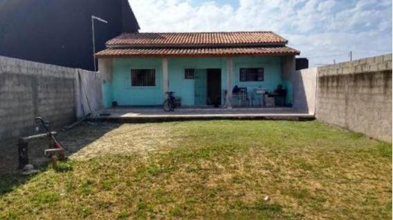 Casa Lado Praia! Amplo Quintal, 01 Quarto. Escriturada.