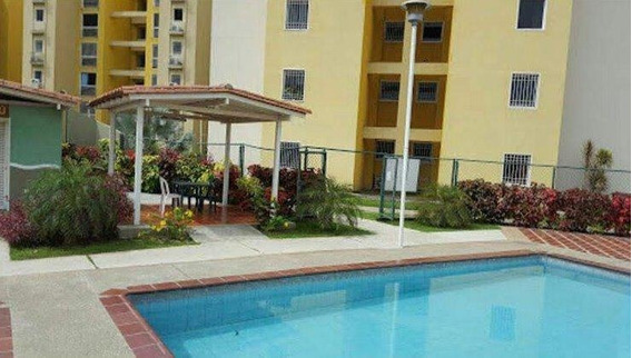 Se Vende Apartamento En La Buena Zona De Mcy Mm 19-15379