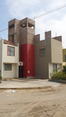 Casa Con 7 Ambientes Y 3 Baños
