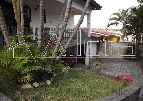 Imagem 1 de 10 de Sobrado Com 3 Dormitórios À Venda, 400 M² Por R$ 850.000,00 - Jardim Europa - Bragança Paulista/sp - So0102