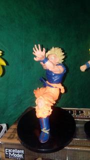 Goku Kame Hame Ha 15 Cm