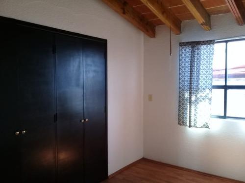 Imagen 1 de 1 de Casa Amplia En Tejeda Cerca Del Parque Sd