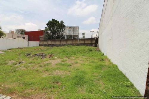 Imagen 1 de 2 de Terreno Urbano En Lomas De Atzingo / Cuernavaca - Est-2075-tu