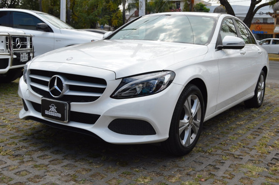 Mercedes Benz Clase C 200 2016 Exclusive Blanco