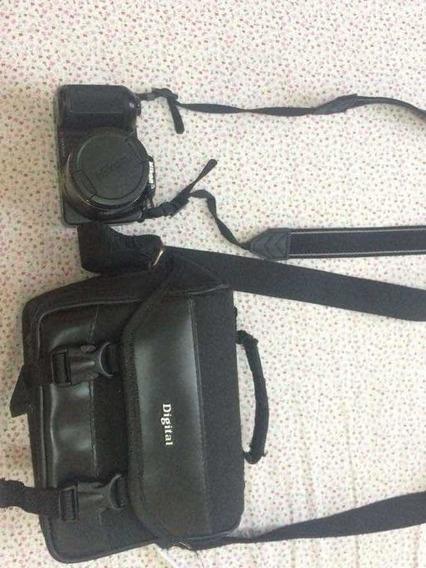 Câmera Fotográfica Semiprofissional Coolpix Nikon