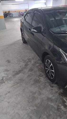 Imagem 1 de 8 de Toyota