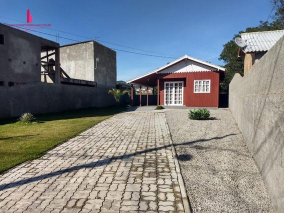 Casa A Venda No Bairro Ingleses Do Rio Vermelho Em - C722-1