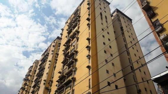 Apartamento En Venta Maracay Urb El Centro Zp20-8872