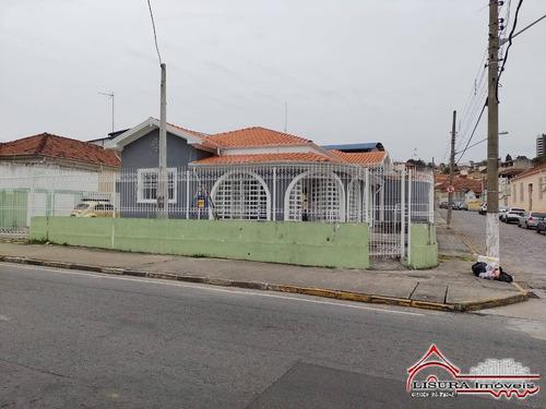 Imagem 1 de 15 de Casa Grande No Centro De Jacareí Com Edicula Comercial - 7935