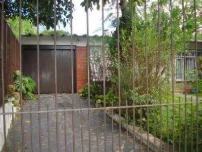 Casa Em Tristeza Com 4 Dormitórios - Mi4235