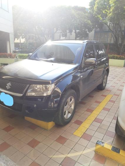 Vendo Camioneta Suzuki Gran Vitara Sz Automática Cc2000