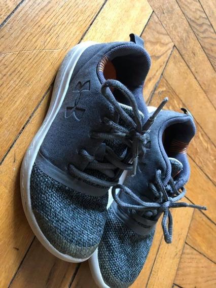 Zapatillas Underarmour Talle 2 Usa (32 Arg)