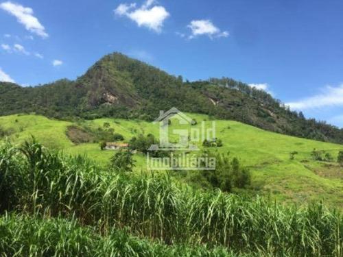Fazenda Com 150 Alqueires Na Cidade De Cruzeiro-sp - Fa0172