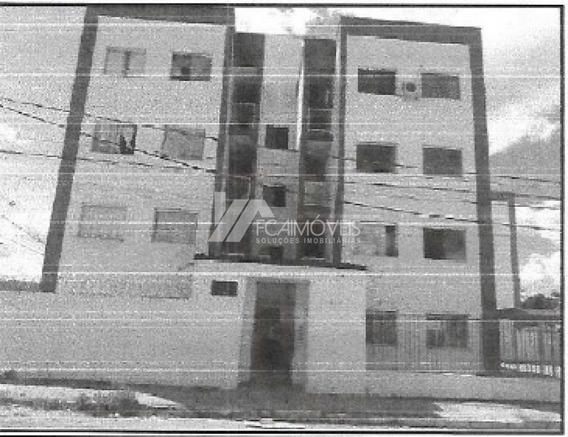 Rua C, Caravelas, Governador Valadares - 286179