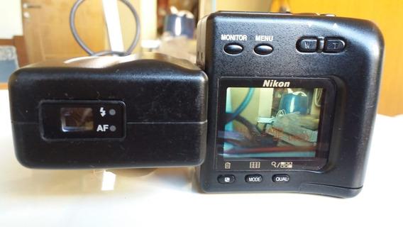 Câmera Fotográfica Digital Nikon Coolpix 950