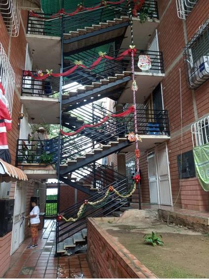 Apartamento En La Rosa - La Montaña
