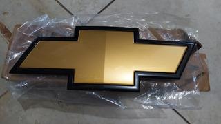 Emblema Parrilla Frontal Silverado 3500 Hd Rey Camion