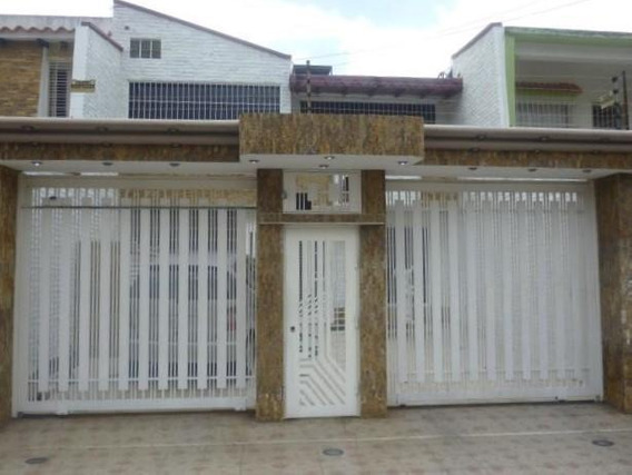 Casa En Venta Bosqueserino 19-15282 Aaa 0424-4378437