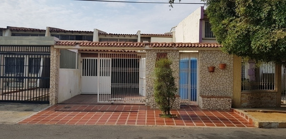 Casa Venta Lago Mar Beach Maracaibo Api 28447 Nmendez