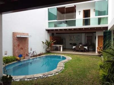 Venta De Casa Con Alberca En Real Bugambilias, Villa De Álvarez, Colima