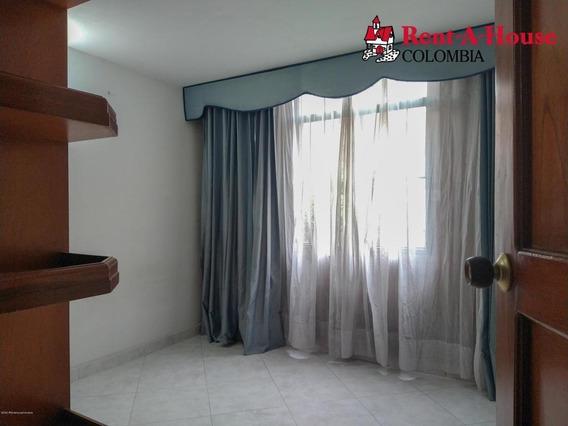 Apartamento En Carlos Lleras Fr 20-1311