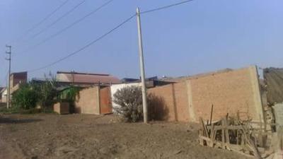 Área De 1000 M2, Ubicada En La Zona Industrial Pacachacutec.
