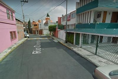 Casa En Remate En Paseo De Las Trojes, Paseos De Taxqueña.