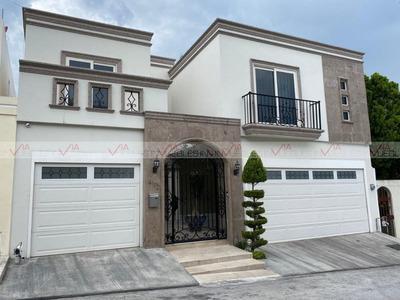Casas En Venta En Del Paseo, Monterrey, Nuevo León
