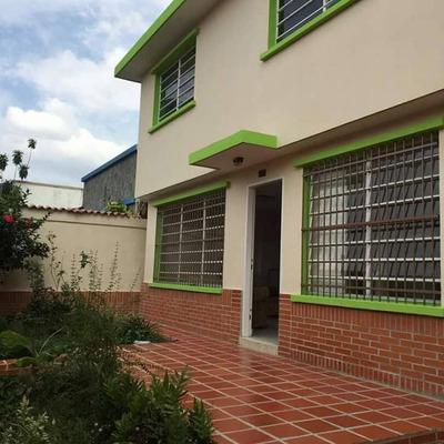 Casa En Venta Trigal Norte 380mts 4h,4b,5 Puestos Estac. Mb