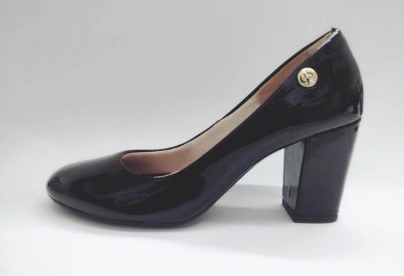 Sapato Gabriela Serrano Preto E Amendoa Verniz Salto