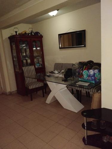 Imagen 1 de 14 de Apartamento De 2 Recamaras,sala,comedor Un Baño Y Cocina