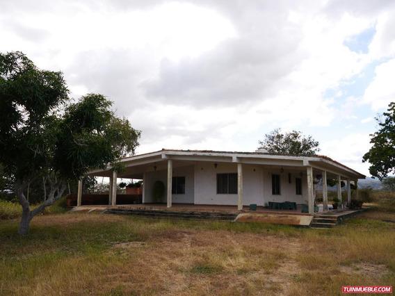 Haciendas - Fincas En Venta En Barquisimeto #19-1891