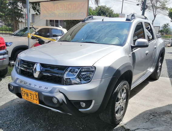 Renault Duster Oroch Intens 4x4 Mt