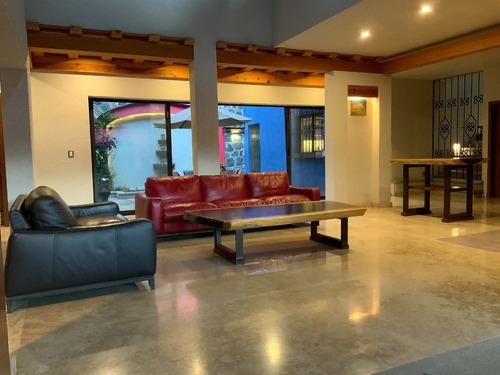 Imagen 1 de 14 de Casa En Venta Impecable En Fraccionamiento Rancho Cortés