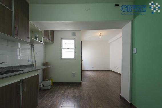 Ph Venta 3 Ambientes Lateral Con Patio Recien Pintado, Refaccionado!