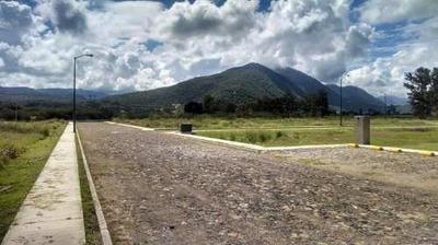 Venta De Terreno En Fraccionamiento Maravillas De Los Eucaliptos, Acatlán