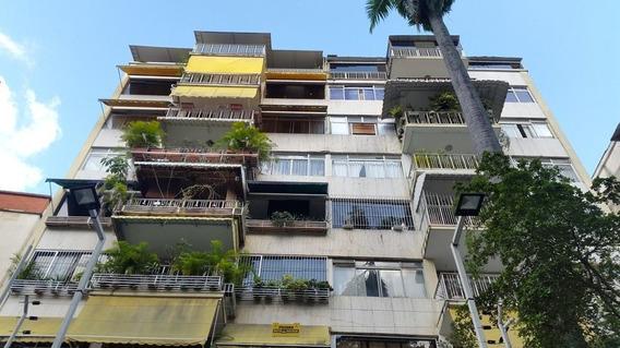 Apartamento En Alquiler En Los Palos Grandes 21-9020 Adri 04143391178
